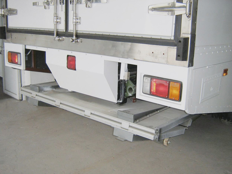 Stowage type truck tail lift