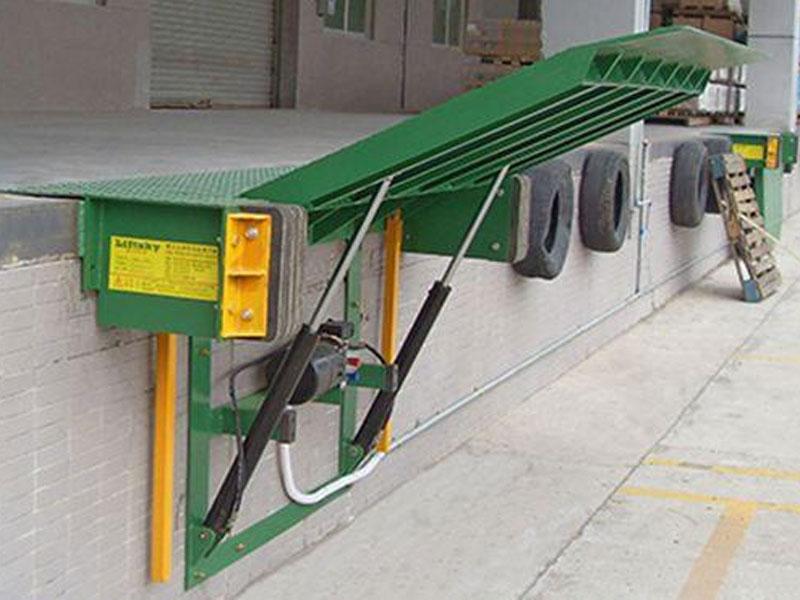 Platform container loading
